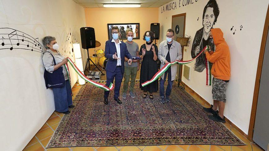 Ezio Bosso e una sala musica al Centro Beltrame